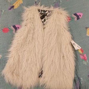 Live a little faux fur vest size large